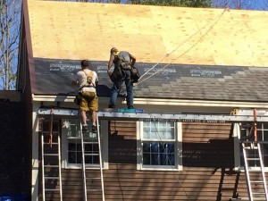 Spring-time Roofing In Maine (1)